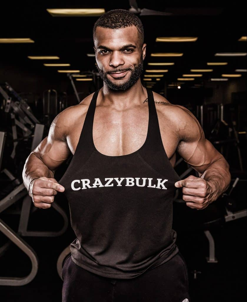 a guy shows off his results using crazybulk