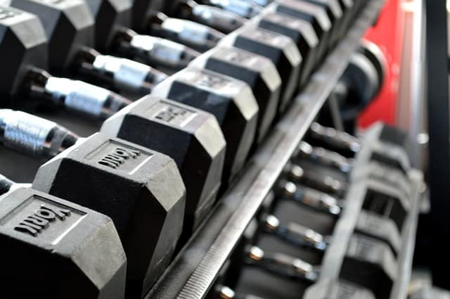 How Many Calories Can You Burn Lifting Weights?